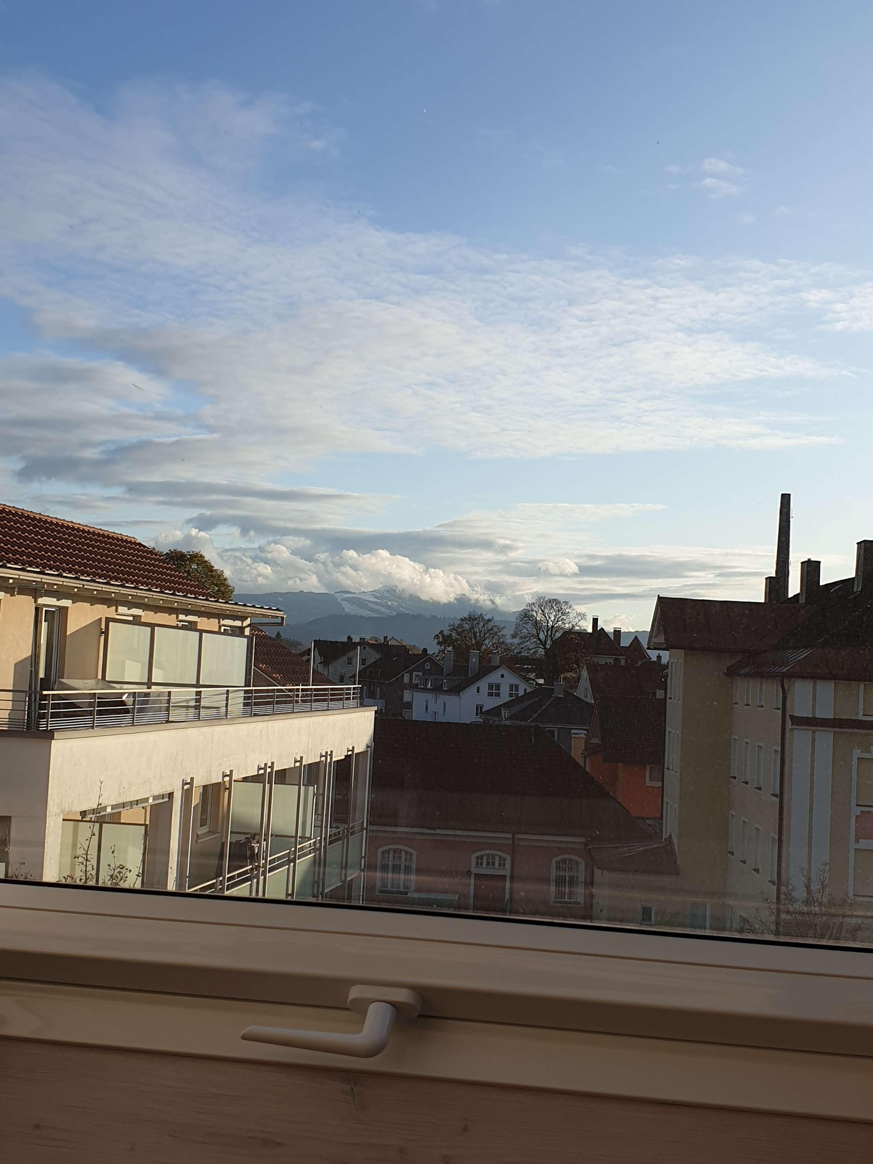Sanierte 2-Zimmer-DG-Wohnung mit Einbauküche in Kempten in St. Mang (Kempten (Allgäu))