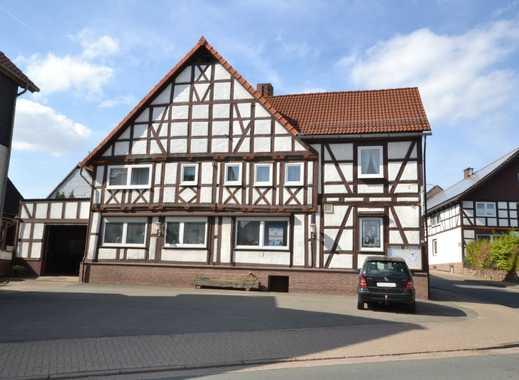 Wohnhaus mit ehemaliger Gaststätte mit Saal, Kegelbahn und geräumiger Betreiberwohnung!