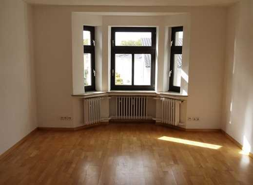 Charmante 2-Zimmer-Wohnung mit Balkon in zentraler Lage von Mönchengladbach Rheydt