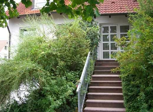 Geräumige Doppelhaushälfte mit großem Wohn-Essbereich und großer Sonnenterrasse in Lengfeld