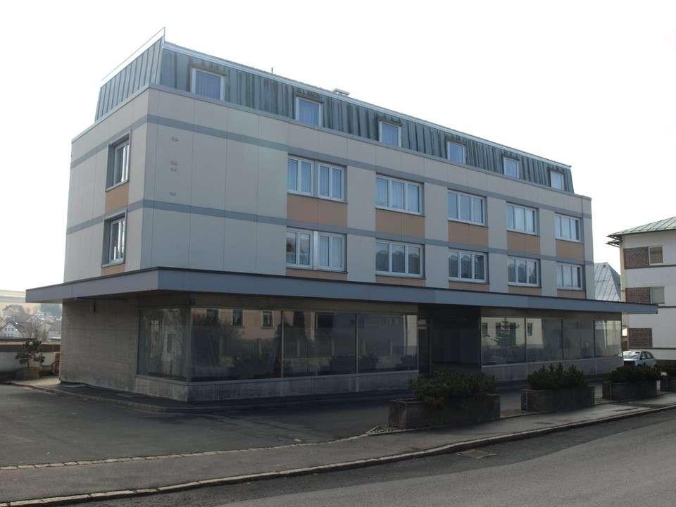 1-Zimmer-Wohnung in Issigau, mit Fahrstuhl und Einbauküche in