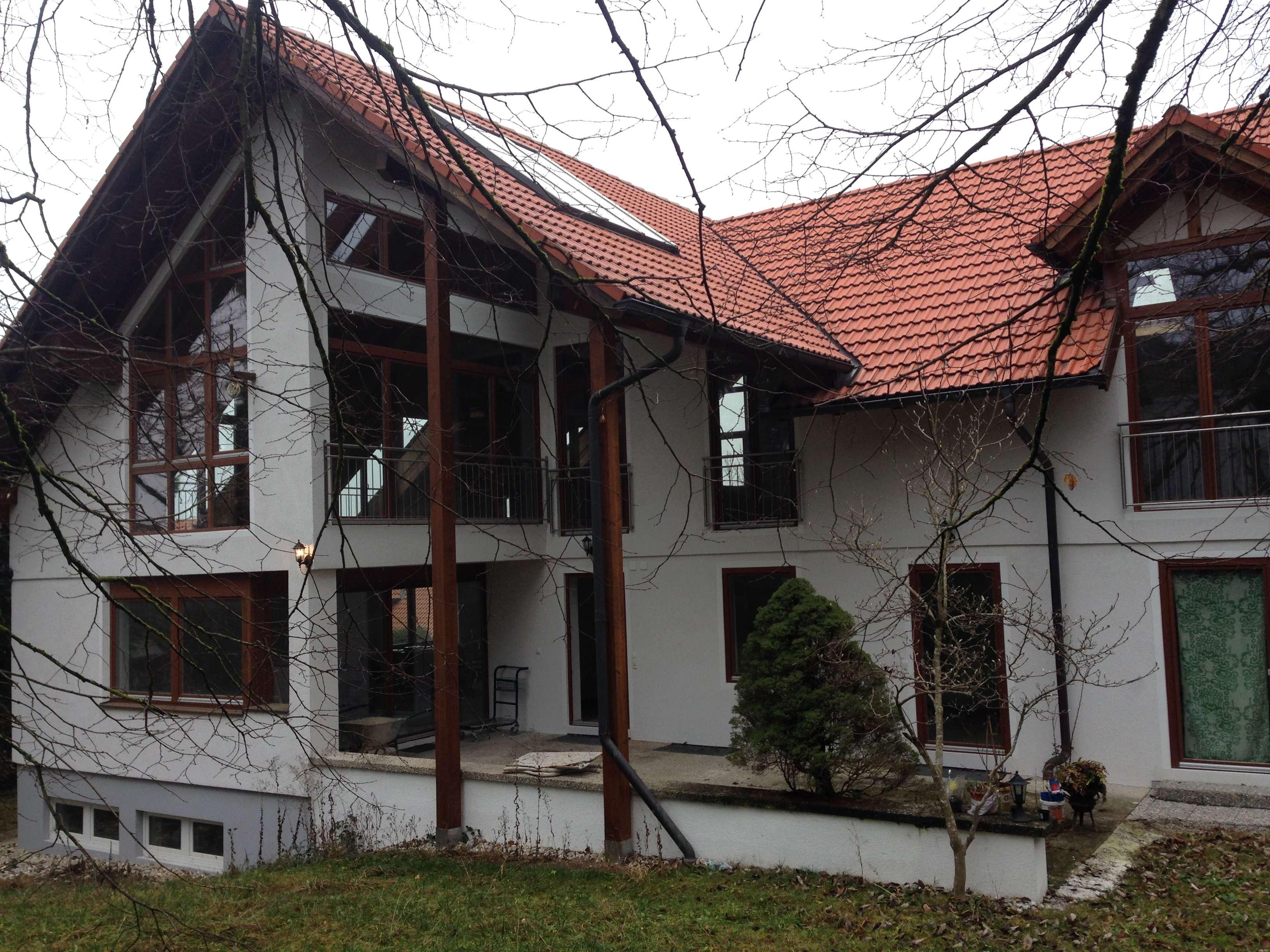 Wohnung in renovierter Villa in idyllischer ruhiger Lage mit Garten und Zugspitzblick in