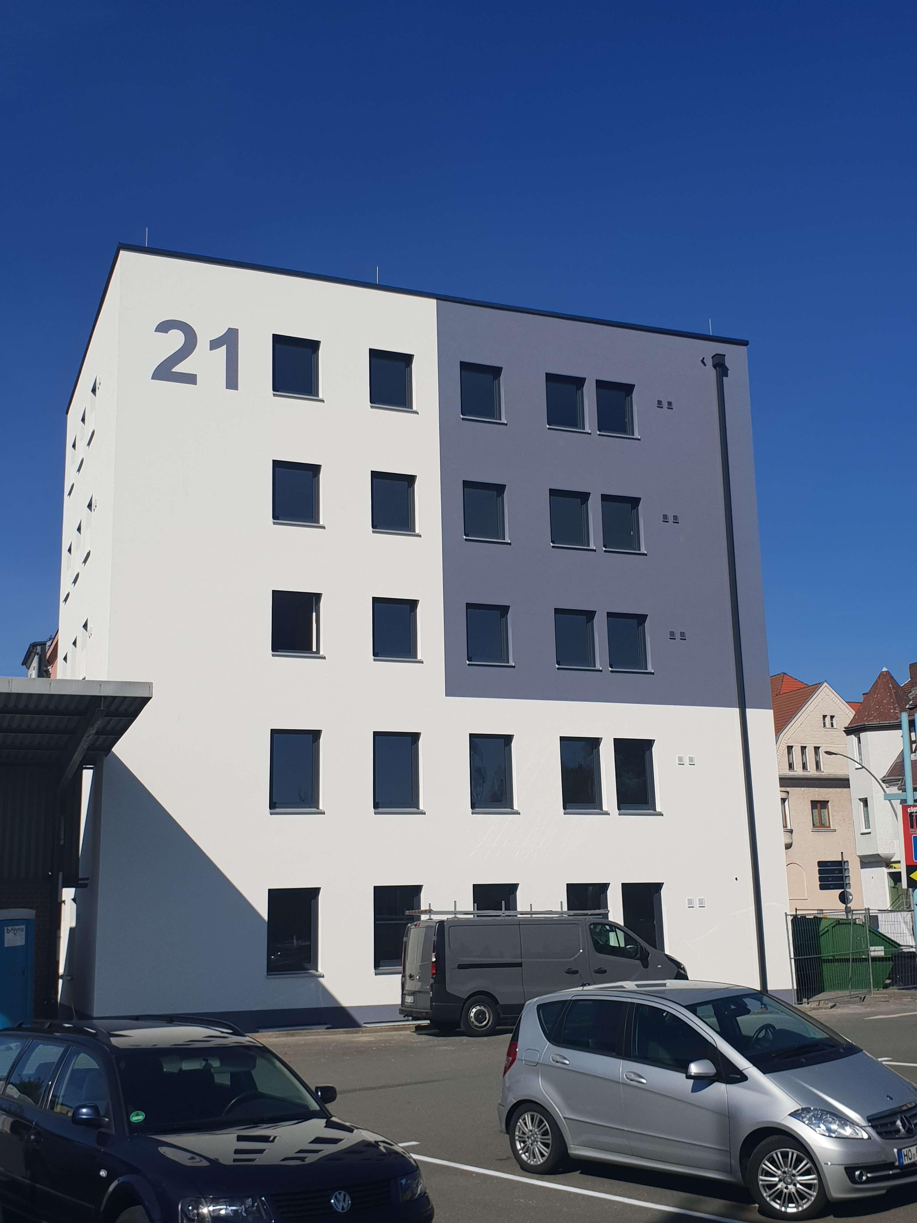 Moderne 4-Zimmer-Wohnung mit Einbauküche in Hof in Hof-Innenstadt