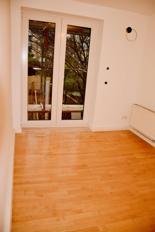 Wunderschöne 4 Zimmer Wohnung mit großem Balkon in bester Innenstadtlage nähe Kahnfahrt in Augsburg-Innenstadt