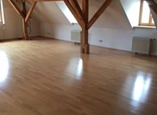 2-ZKB-Dachgeschoss-Galerie-Wohnung mit Balkon in Augsburg Nähe Rathaus