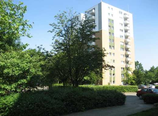 Modernisierte Wohnung in grüner Umgebung!