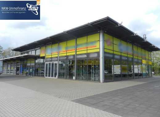 Neuwertige, Repräsentative Gewerbeeinheit mit ca.46 Parkplätzen - Ideal als Autohaus, Werkstatt etc.