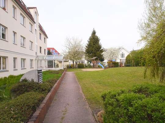 Moderne 3-Zim.-Wohnung mit PKW-Stellplatz und Garten - Bild 21