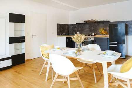 Möblierte 2er WG in sanierter Altbauwohnung mit Domblick in Regensburg-Innenstadt
