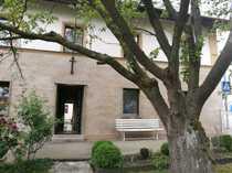 Zentral gelegenes Wohnhaus mit zwei