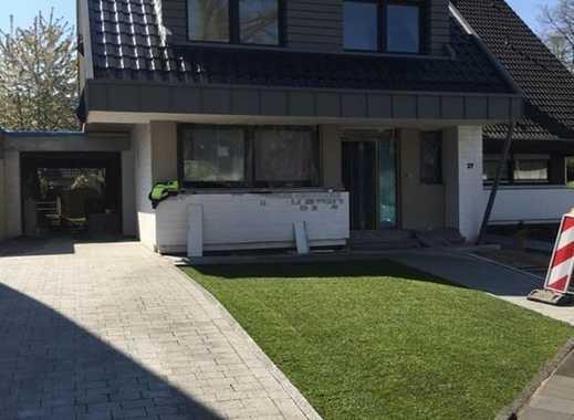 Schönes Haus (ERSTBEZUG) mit fünf Zimmern in Mönchengladbach, Bettrath-Hoven