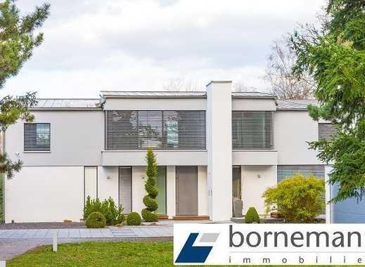 Unverbaubare Traumlage! Modernes Architektenhaus mit 1.492 m² Grundstück!