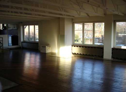 helle 2,5-Zimmer-Loft-Wohnung / Atelier in Bramfeld, Hamburg