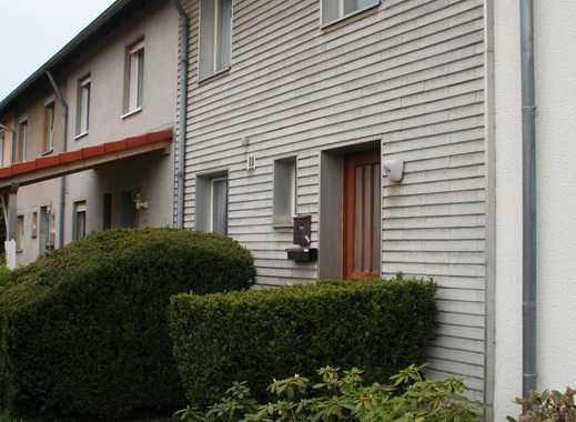 bezahlbares gemütliches Reihenhaus auf Eigentumsgrundstück in Braunschweig-Wenden