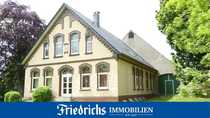 Exklusives Landhaus-Anwesen in Alleinlage nahe