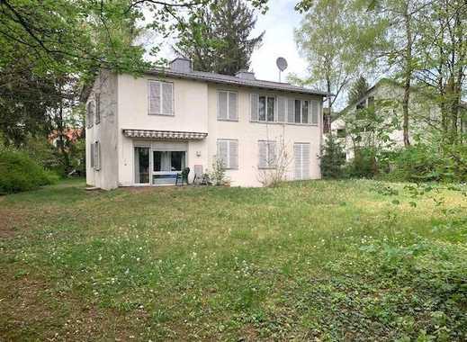 Brück Immobilien - Herrlicher ca. 1.980 m² großer Baugrund mit Altbestand in gesuchter Lage