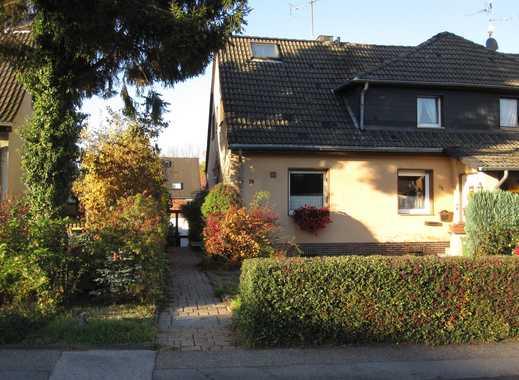 Schönes Haus mit vier Zimmern in Mülheim an der Ruhr, Heißen - privat