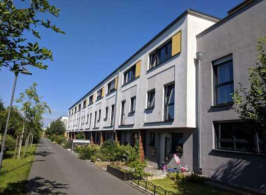reihenhaus riedberg frankfurt am main immobilienscout24. Black Bedroom Furniture Sets. Home Design Ideas