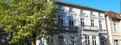 Loggia u. Balkon: neuwertige 3,5-Zimmer Porta Hausberge ZENTRAL