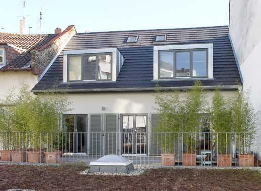 Einzigartiges, ruhig gelegenes Haus im Nordend mit Kamin, großer Terrasse, Parkettboden uvm...