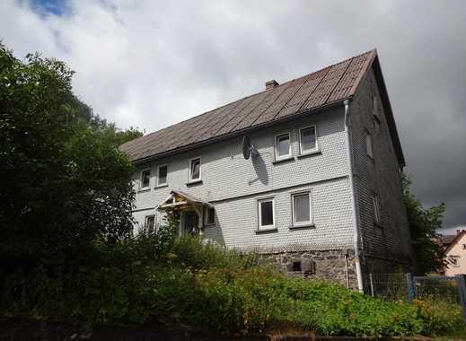Einfamilienhaus mit Scheune und großem Grundstück