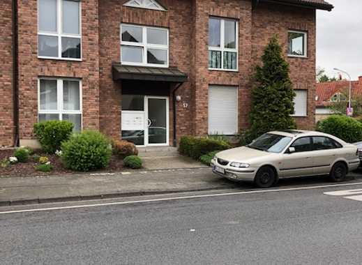 Lichtdurchflutete schöne Wohnung in Mgl.-Hardterbroich