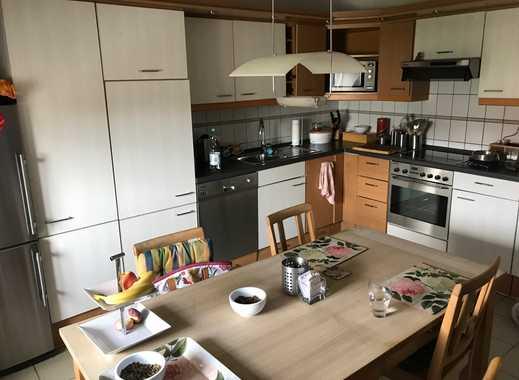 Gepflegte 4-Zimmer-Dachgeschosswohnung mit Einbauküche in Alzey