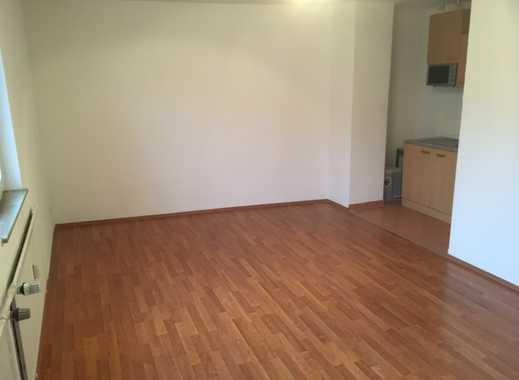 Stilvolle, gepflegte 1-Zimmer-Wohnung mit Einbauküche in Nürnberg Gostenhof