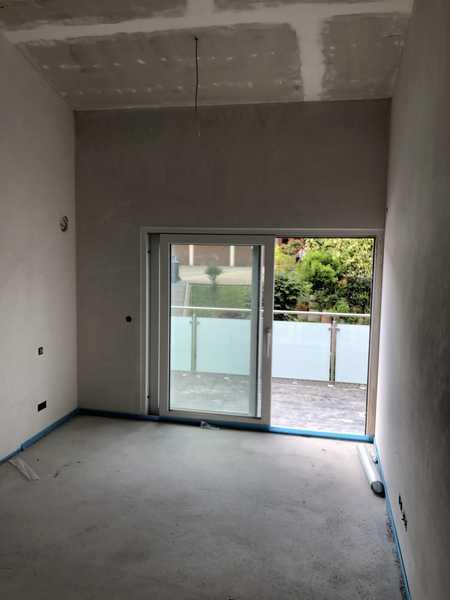 Luftige 2-Zimmer-Wohnung mit hohen Räumen und schönem Balkon in Weißensberg