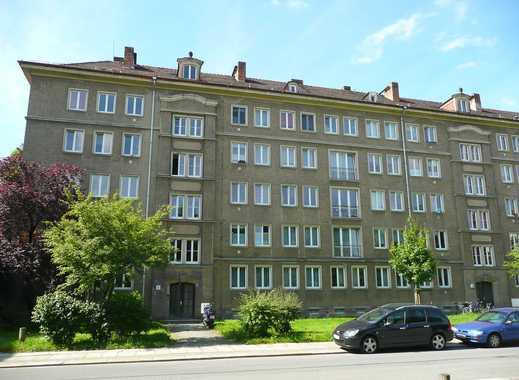 Zentrumsnah aber ruhig gelegene 3- Zimmerwohnung mit Balkon
