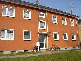 hwg - Großzügige 3- Zimmer Wohnung im Erdgeschoss, mit Balkon!