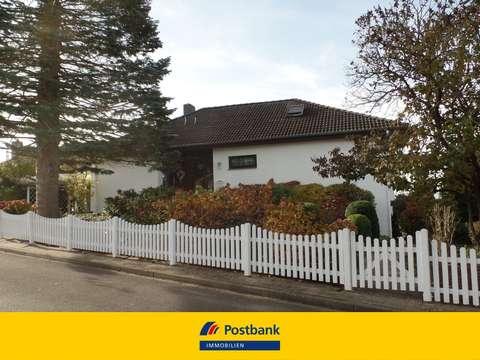 Erbpachtgrundstück - Wunderschön gelegenes Einfamilienhaus mit ELW ...