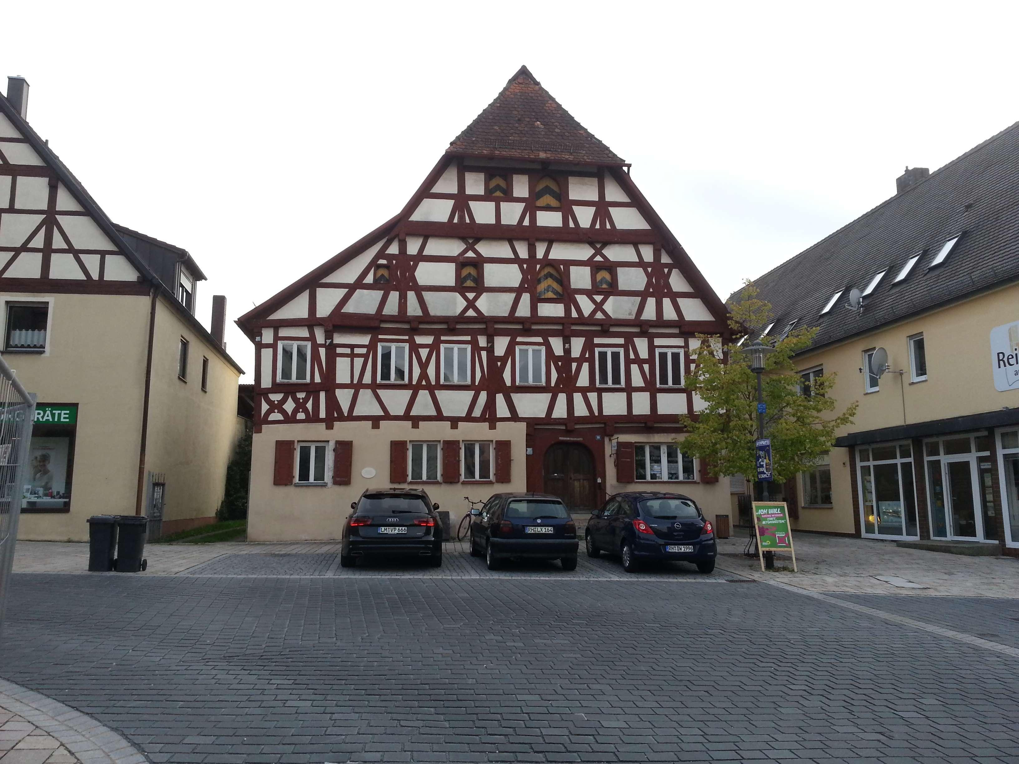 Büro o.ä. in der Historische Bohlen-Balken-Stube eines Baudenkmales in