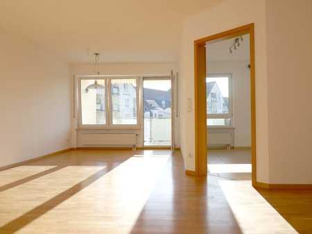 Modernisierte 2-Raum-Wohnung mit Balkon in Neumarkt i. d. OPf. in Neumarkt in der Oberpfalz (Neumarkt in der Oberpfalz)