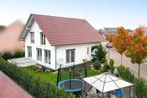 Großzügiges Einfamilienhaus mit Einliegerwohnung und