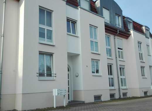 Elbnah und im Grünen gelegene 2-Zimmer-Wohnung mit Balkon und EBK in Dresden