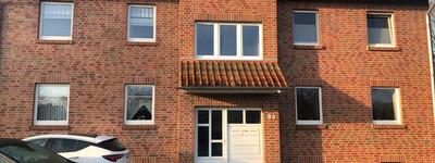 Sehr schöne 2-Zimmer-DG-Wohnung mit Balkon und Einbauküche in Petershagen