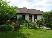 Großzügiges Einfamilienhaus im Bungalowstil mit