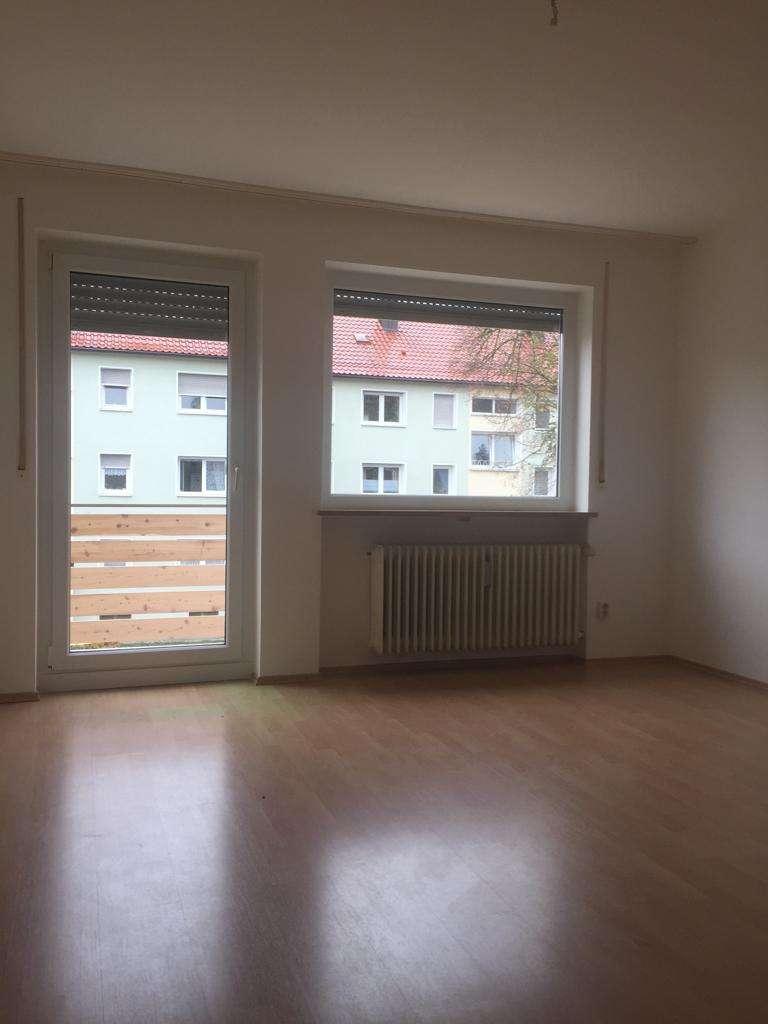 1,5-Zimmer-Wohnung mit Balkon und EBK im Süden Augsburgs in Haunstetten (Augsburg)