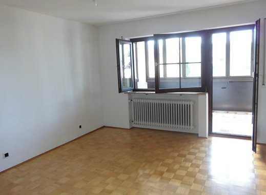 Helle, gepflegte 3-Zimmer-Wohnung mit Balkon und Einbauküche in Vaterstetten