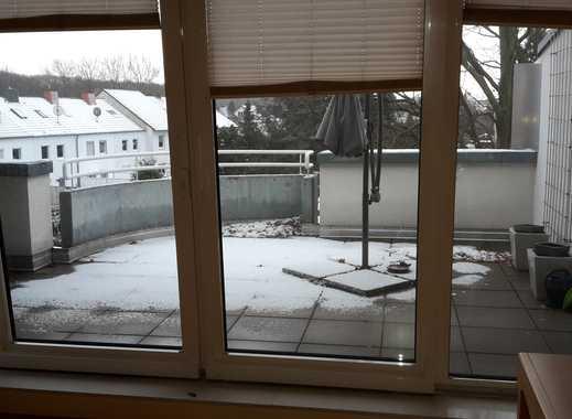 Attraktive 2,5-Zimmer-Penthouse-Wohnung mit Balkon und Einbauküche in Hamm
