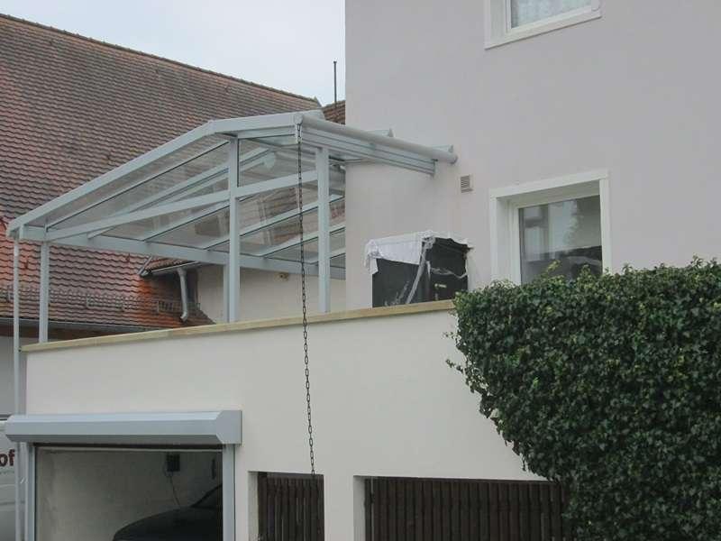 Teilmöblierte 2-Zimmer-Wohnung in Trabelsdorf direkt am Schloss in