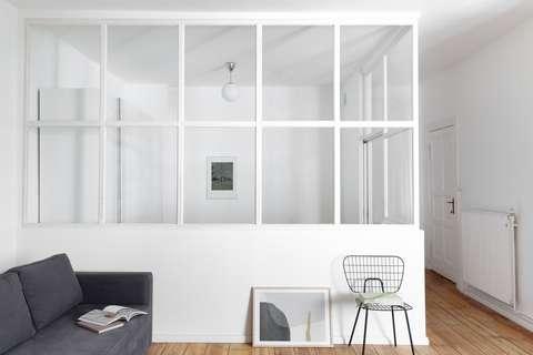 Ruhiger, smart geplanter Altbau mit Glaswand-Blickfang und ...
