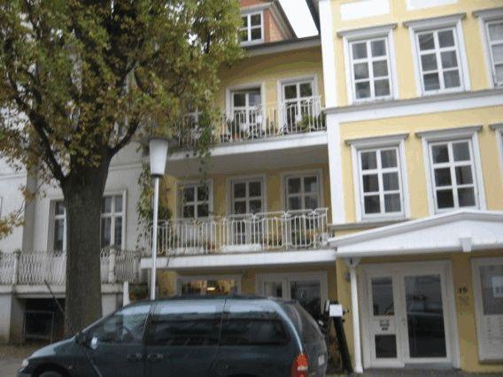 0 Kirchstr Haus Foto