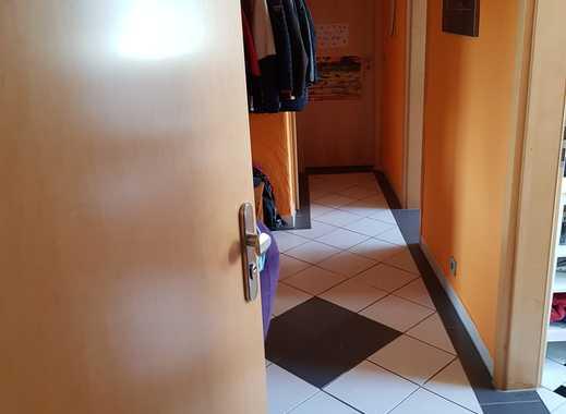 Schöne, geräumige zwei einhalb Zimmer Wohnung in Bonn, Endenich