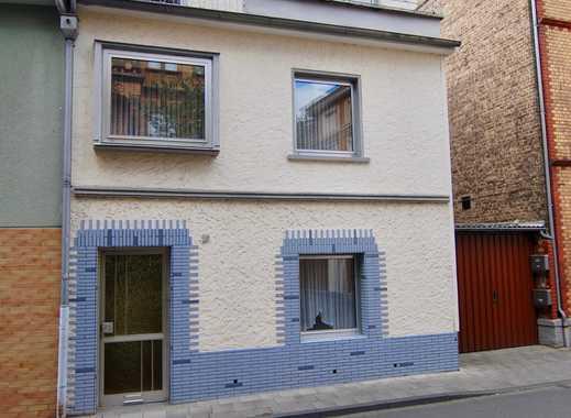Reiheneckhaus mit viel Potenzial in der Königswinterer Altstadt -renovierungsbedürftig-