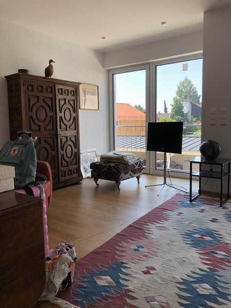 Neuwertige Wohnung mit drei Zimmern sowie Balkon und EBK in Pfarrkirchen in Pfarrkirchen