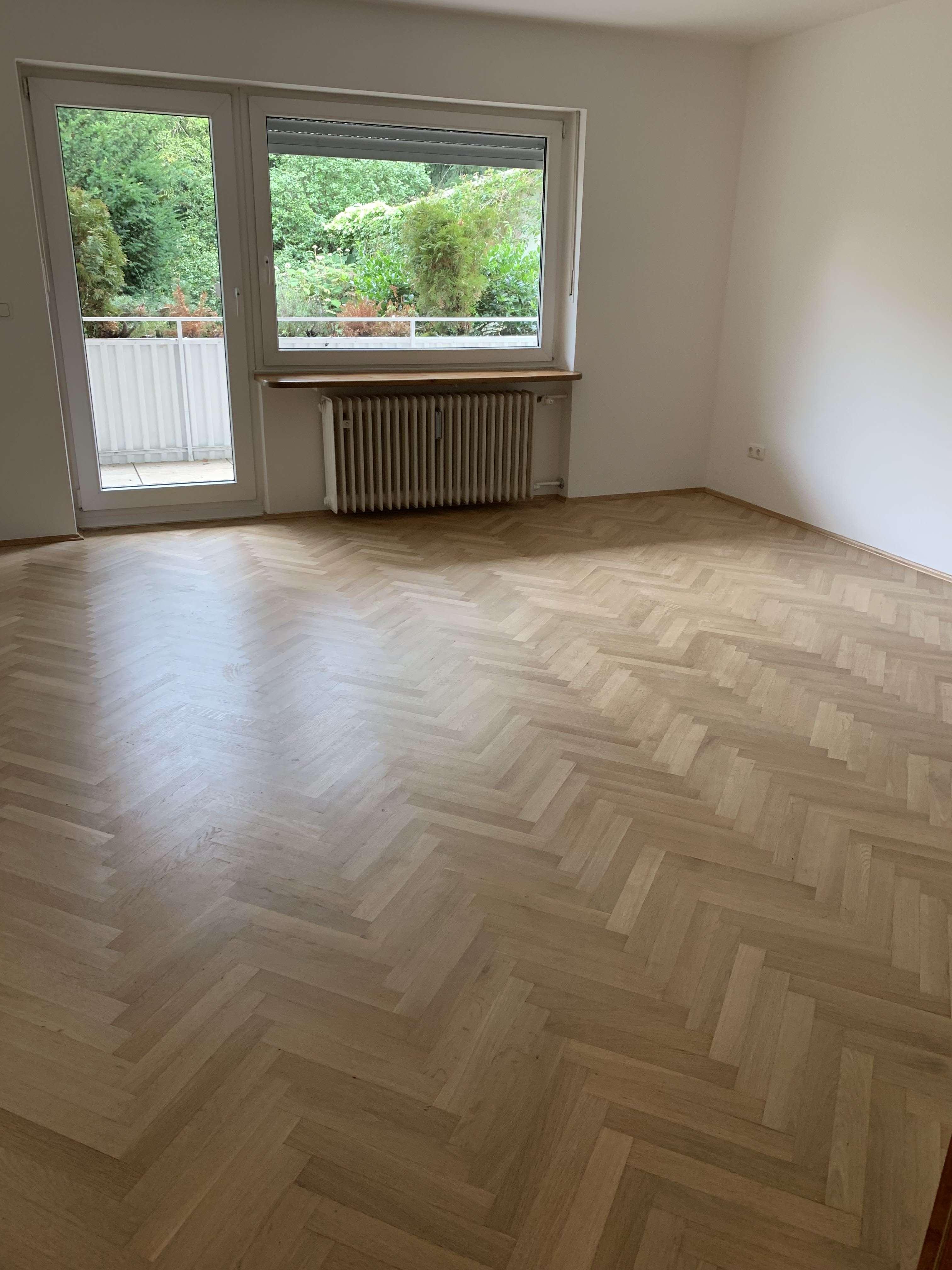 Schön geschnittene, helle  2,5 Zimmer Wohnung in München, Laim