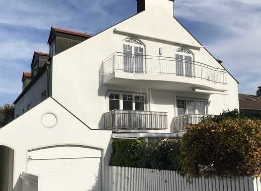 Traumhafte Dachgeschoss-Wohnung mit hochwertiger Ausstattung in Bestlage von Trudering
