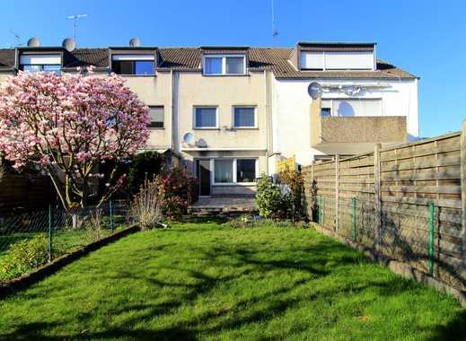 Zink Immobilien: Charmantes 5 Zimmer Haus mit Kamin, Einbauküche und 2 Bäder in ruhiger Wohnlage